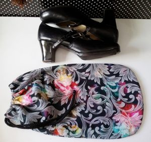 Porta - sapato em tecido
